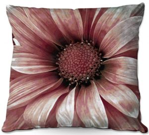 Throw Pillows Decorative Artistic | Angelina Vick - Daisy Blush Pink | Flower close up