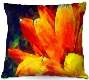 Throw Pillows Decorative Artistic | Angelina Vick - Dancing Daisy 3 | Flower close up