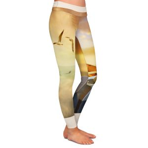 Casual Comfortable Leggings | Carlos Casamayor - The Lovers Birds and Boats