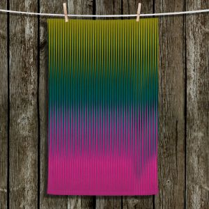 Unique Bathroom Towels | Christy Leigh - Magnetizing