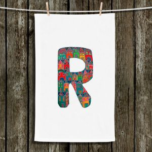 Unique Bathroom Towels | Dora Ficher - Alphabet Letter R