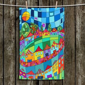 Unique Bathroom Towels | Dora Ficher - Round and Around | City Neighborhood
