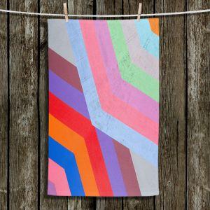 Unique Bathroom Towels | Hooshang Khorasani - Di Angle | lines pattern geometric