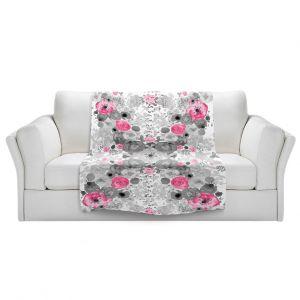 Artistic Sherpa Pile Blankets | Julie Ansbro - Romantic Blooms Black White Pink