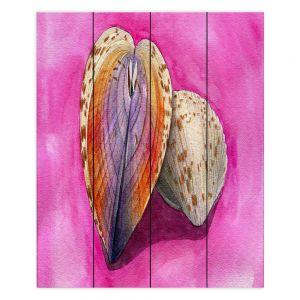 Decorative Wood Plank Wall Art | Marley Ungaro - Heart Cockle | Ocean seashell still life nature