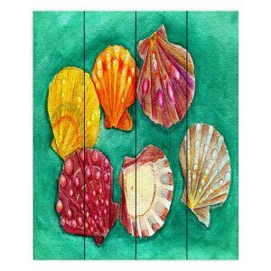 Decorative Wood Plank Wall Art | Marley Ungaro - Lionpaw Scallops | Ocean seashell still life nature