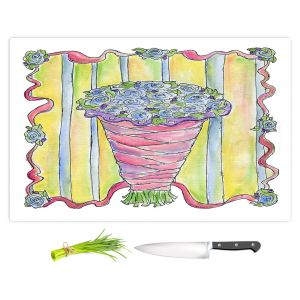 Artistic Kitchen Bar Cutting Boards | Marley Ungaro - Wedding Bouquet | Event flower lace