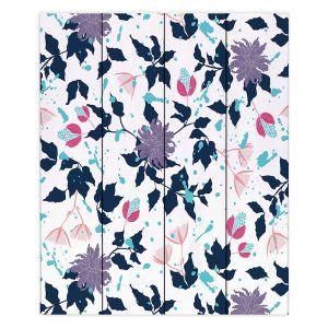 Decorative Wood Plank Wall Art | Metka Hiti - Flowers Splash | Pattern nature floral