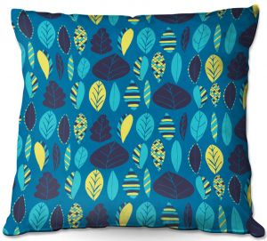 Throw Pillows Decorative Artistic   Metka Hiti - Woodland Leafs Blue   Leaves pattern repetition graphic