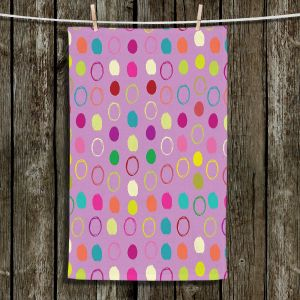 Unique Bathroom Towels | Olive Smith - Circle Blunder l