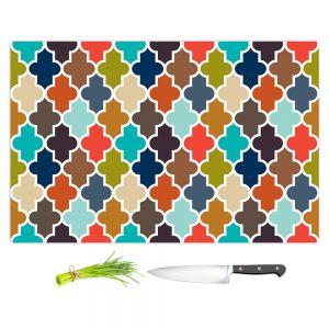 Artistic Kitchen Bar Cutting Boards | Organic Saturation - Earthy Quatrefoil