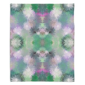 Decorative Fleece Throw Blankets | Pam Amos - Daisy Blush 1 Emerald Pink | repetition geometric mandala flower
