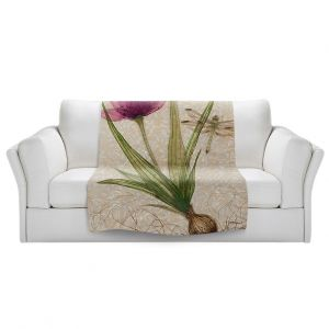 Artistic Sherpa Pile Blankets | Paper Mosaic Studio - Uprooted 3 | Flower bulb root floral
