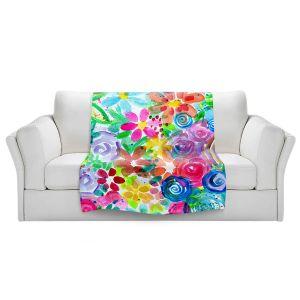 Artistic Sherpa Pile Blankets | Robin Mead - Esprit | flower simple outline nature