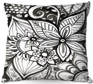 Throw Pillows Decorative Artistic   Robin Mead - Flower Black White   Close Up Floral Pattern Nature
