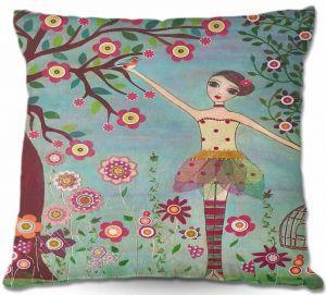 Throw Pillows Decorative Artistic   Sascalia Letting Go