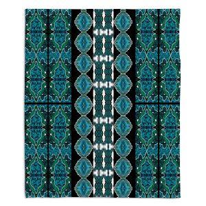 Decorative Fleece Throw Blankets | Susie Kunzelman - Blue Bonnet II
