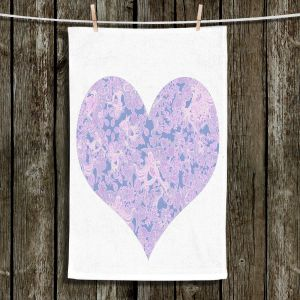 Unique Bathroom Towels | Susie Kunzelman - Heart Love White Serenity