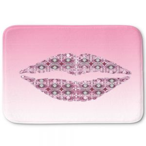 Decorative Bathroom Mats | Susie Kunzelman - Lips Pantone Rose Quartz