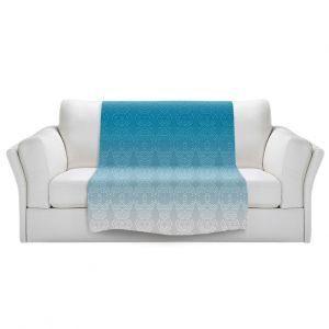 Artistic Sherpa Pile Blankets   Susie Kunzelman - Ombre Pattern l Aqua
