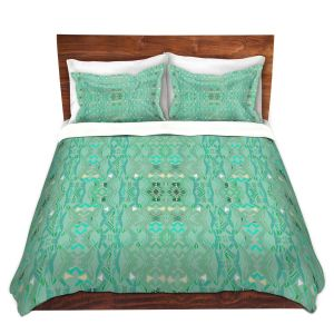 Artistic Duvet Covers and Shams Bedding | Susie Kunzelman - Summers End Aqua | Pattern repetition
