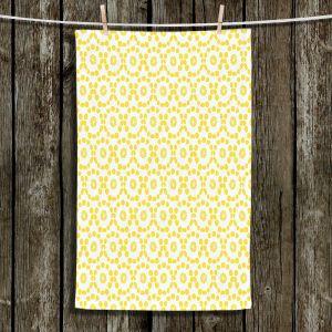 Unique Bathroom Towels | Traci Nichole Design Studio - Alveopora B