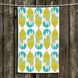Unique Bathroom Towels | Traci Nichole Design Studio - Euphorbia Aloe