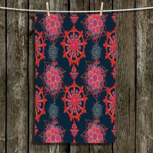 Unique Bathroom Towels | Yasmin Dadabhoy - Boho Circle 4 | Geometric Flowers