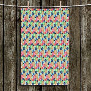Unique Bathroom Towels | Yasmin Dadabhoy - Circles 1 | shape geometric pattern