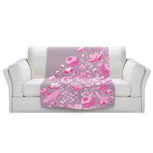 Artistic Sherpa Pile Blankets | Yasmin Dadabhoy - Floral Bed 2 | flower nature pattern