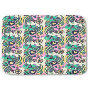 Decorative Bathroom Mats | Yasmin Dadabhoy - Popart Beige | abstract pattern geometric
