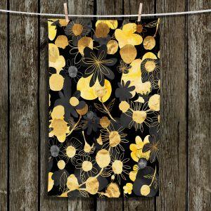 Unique Bathroom Towels | Zara Martina - Golden Night Blooms | floral flower pattern
