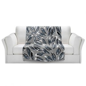 Artistic Sherpa Pile Blankets   Zara Martina - Grey Leafy Layers
