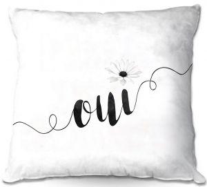 Throw Pillows Decorative Artistic | Zara Martina - Oui Daisy Black White