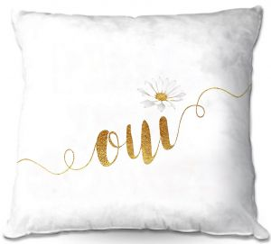 Decorative Outdoor Patio Pillow Cushion | Zara Martina - Oui Daisy Gold White
