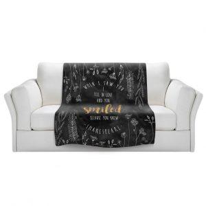 Artistic Sherpa Pile Blankets | Zara Martina - When I Saw You Black Gold | Wedding Love